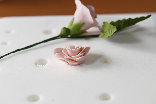 how-to-make-fondant-rose