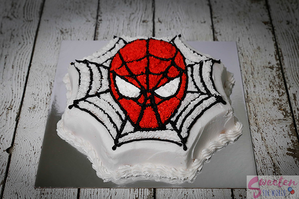 make-spider-man-cake-at-home