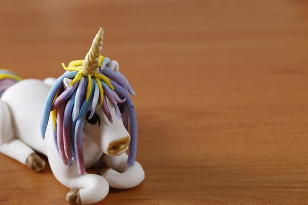 unicorn-fondant-cake-topper