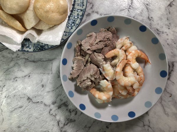 cooked-pork-and-prawn