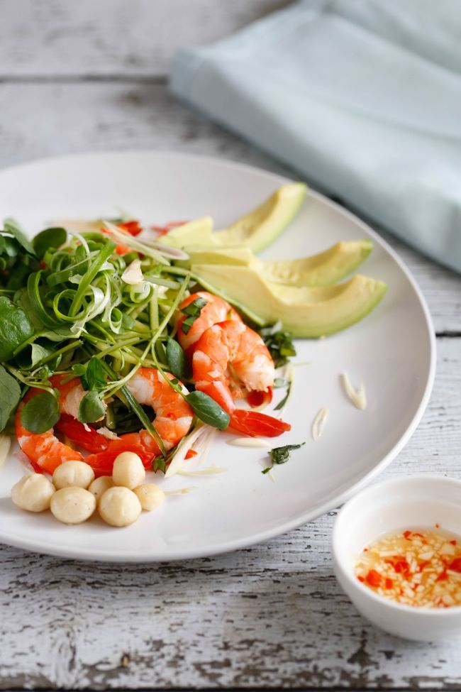 spiced-prawn-avocado-salad