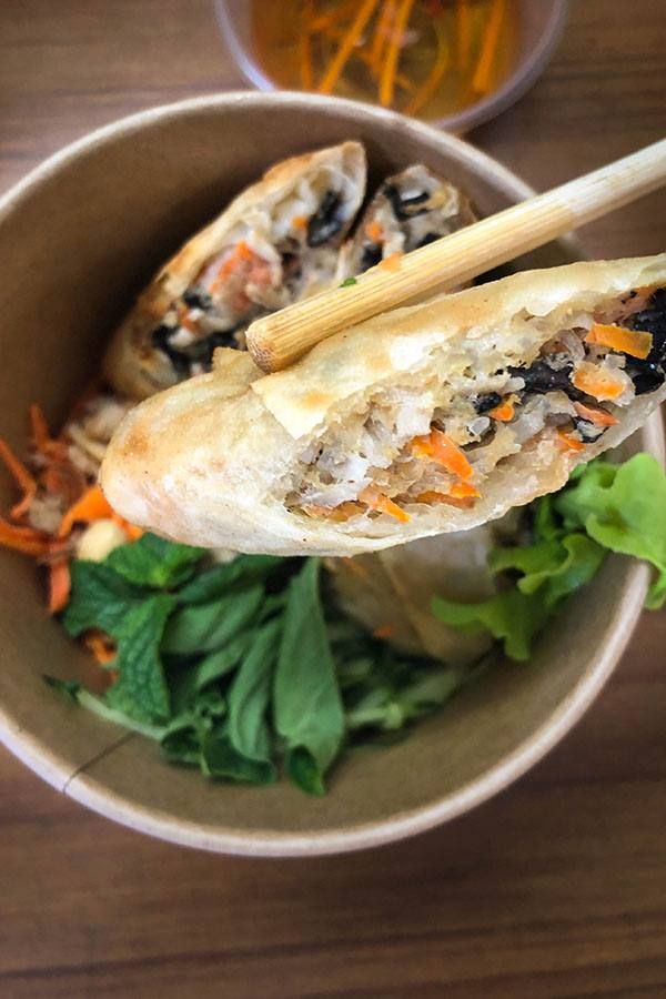 vietnamese-spring-roll-noodles