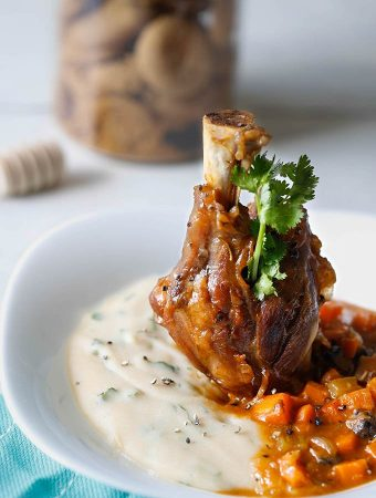 Slow Cooked Lamb Shanks With White Beans Puree And White Wine