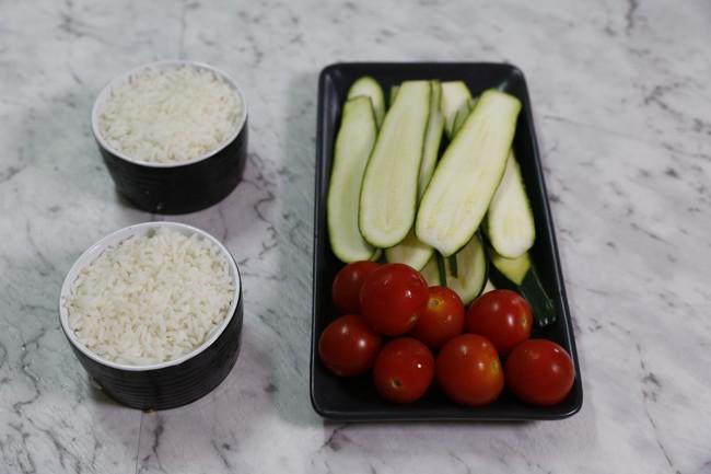 zucchini-with-cherry-tomatoes