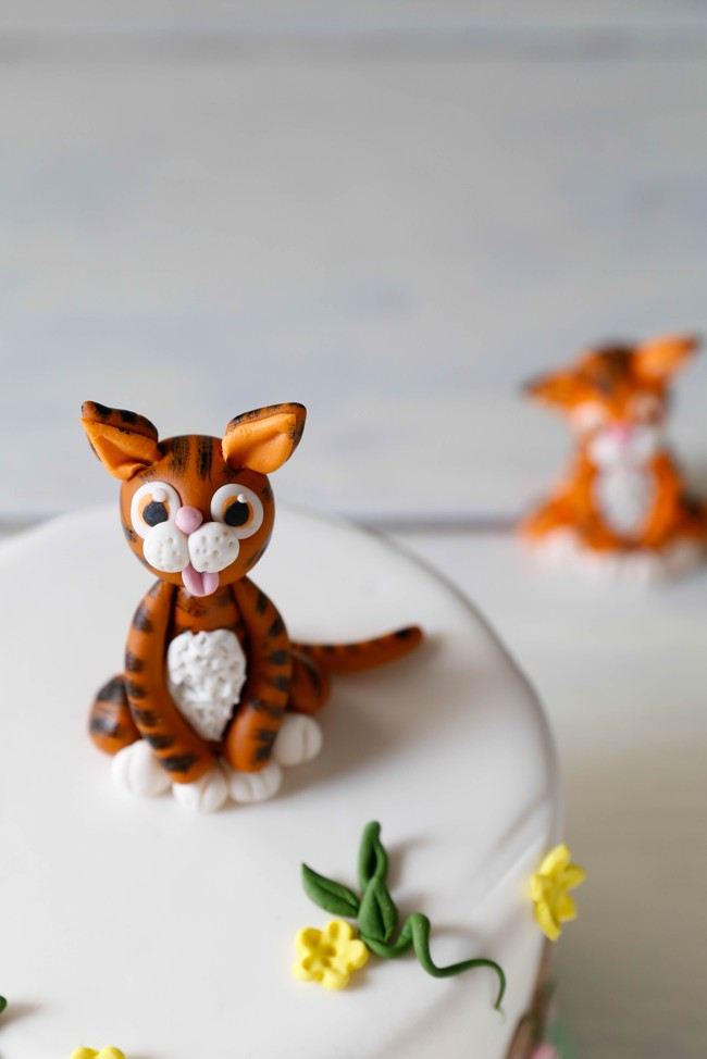 Sad Tiger Cake Topper