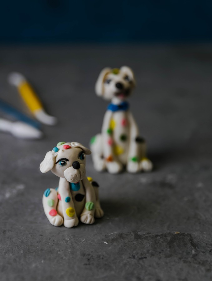 Fondant dog cake topper tutorial